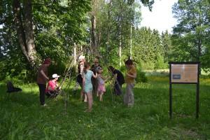 Kutsien kansa ja ajanuhraamisen perinne -työpaja ARS Sippola 2013 Valokuva: Laura Salo